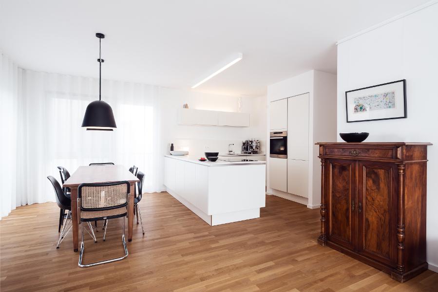 innenausbau wohnung bei frankfurt am main der purist. Black Bedroom Furniture Sets. Home Design Ideas
